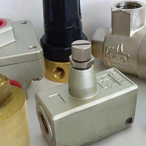 S85 | Régulateur de débit - Soupapes d'échappement et de retenue